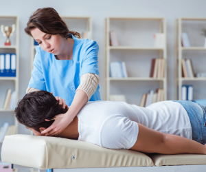 There are car accident injuries chiropractors are trained to treat.